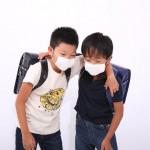 子供の熱が上がったり下がったり…肺炎の可能性がある!?