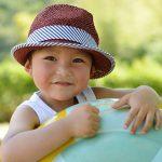 子供のフケが増えたら要注意!頭部白癬の症状は?