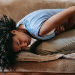 空腹なのに胃が痛いのは胃酸過多?症状と改善法